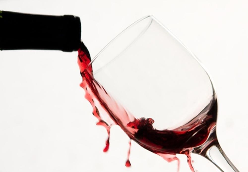 Enlever une t che de vin rouge d j s che bnbstaging le blog - Tache de vin sur tapis ...