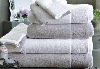 Comment choisir des serviettes pour une location - BnbStaging le blog