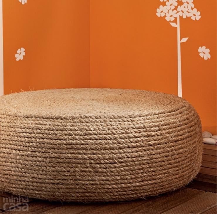 un pouf diy avec pneu et corde bnbstaging le blog. Black Bedroom Furniture Sets. Home Design Ideas