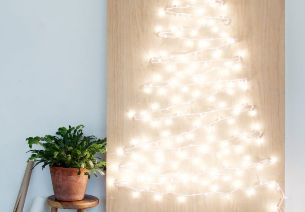 Sapin lumineux DIY, a pare & a spare - BnbStaging le blog