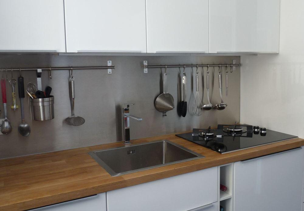 10 cr dences avec plan de travail en bois bnbstaging le blog - Cuisine en bois avec beton pierre metal ...
