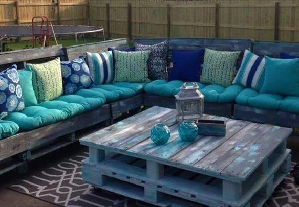 Awesome Salon De Jardin En Palette Couleur Pictures - House Design ...
